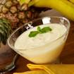 Ananas-Sorbet mit Erdbeerpüree