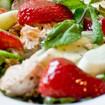 Erdbeeren mit Waldmeister