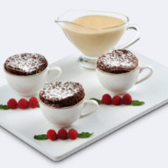 Lebkuchen-Soufflé mit Rumsahne