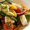 Nudeln mit Gemüse-Käse-Soße