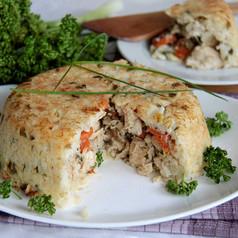 Safrankuchen mit Paprika und Thunfisch