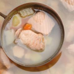 schnelle fischsuppe suppen rezepte zum kochen und backen. Black Bedroom Furniture Sets. Home Design Ideas