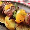 Sish Kebab mit Röstkartoffeln und Aubergine