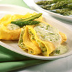 Spargel in Kräutercrêpes